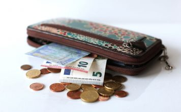 деньги, евро, пособия