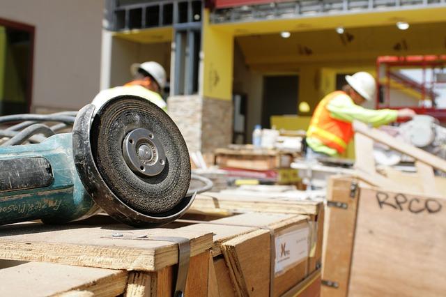 Стройка, строители, рабочие