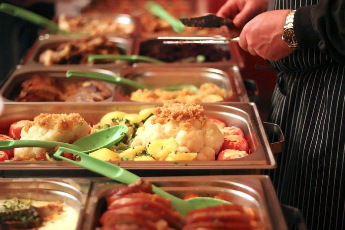 Еда, шведский стол, катеринг