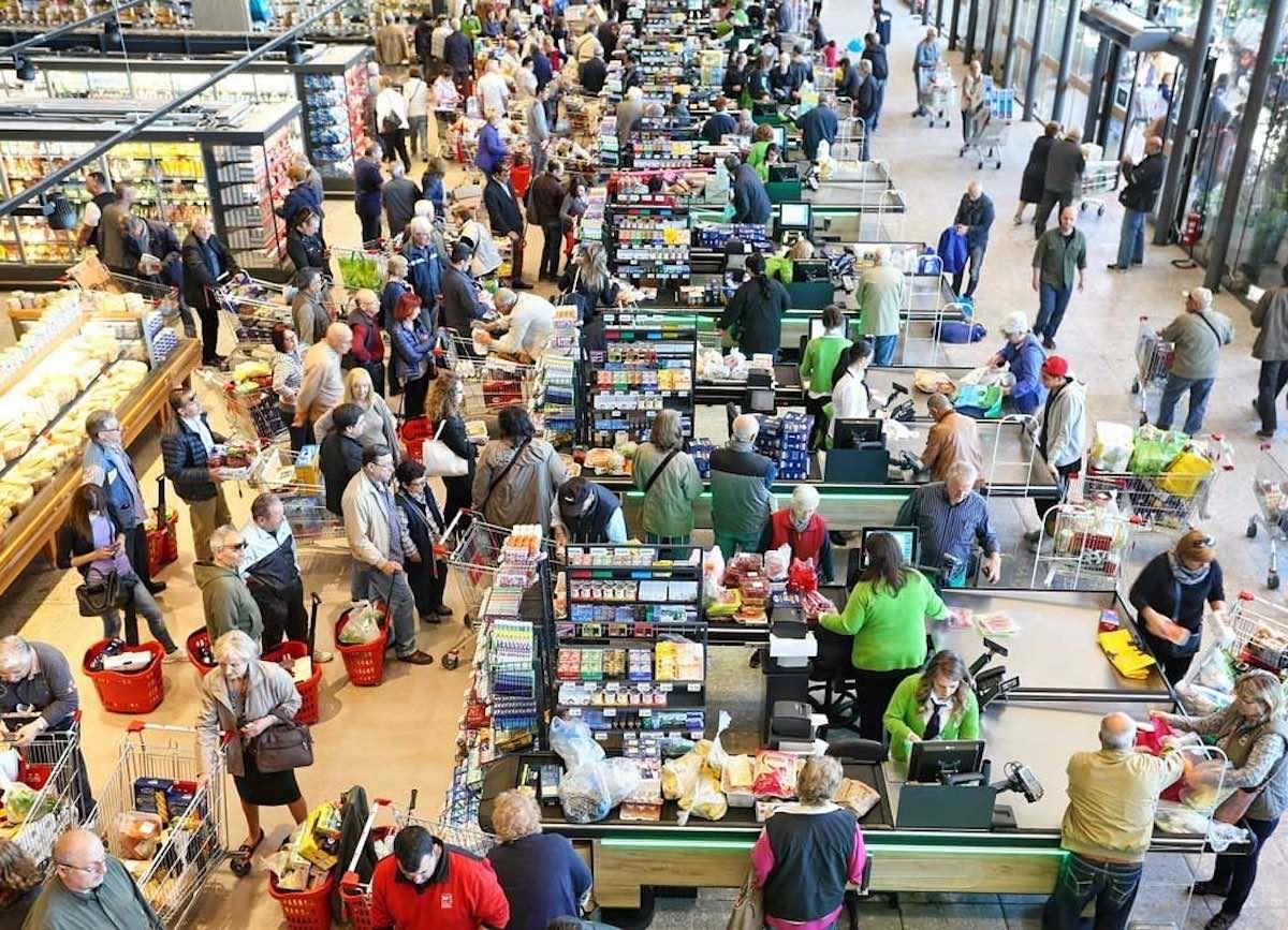 супермаркет, магазин, очередь, кассы, продавцы, покупатели, покупки