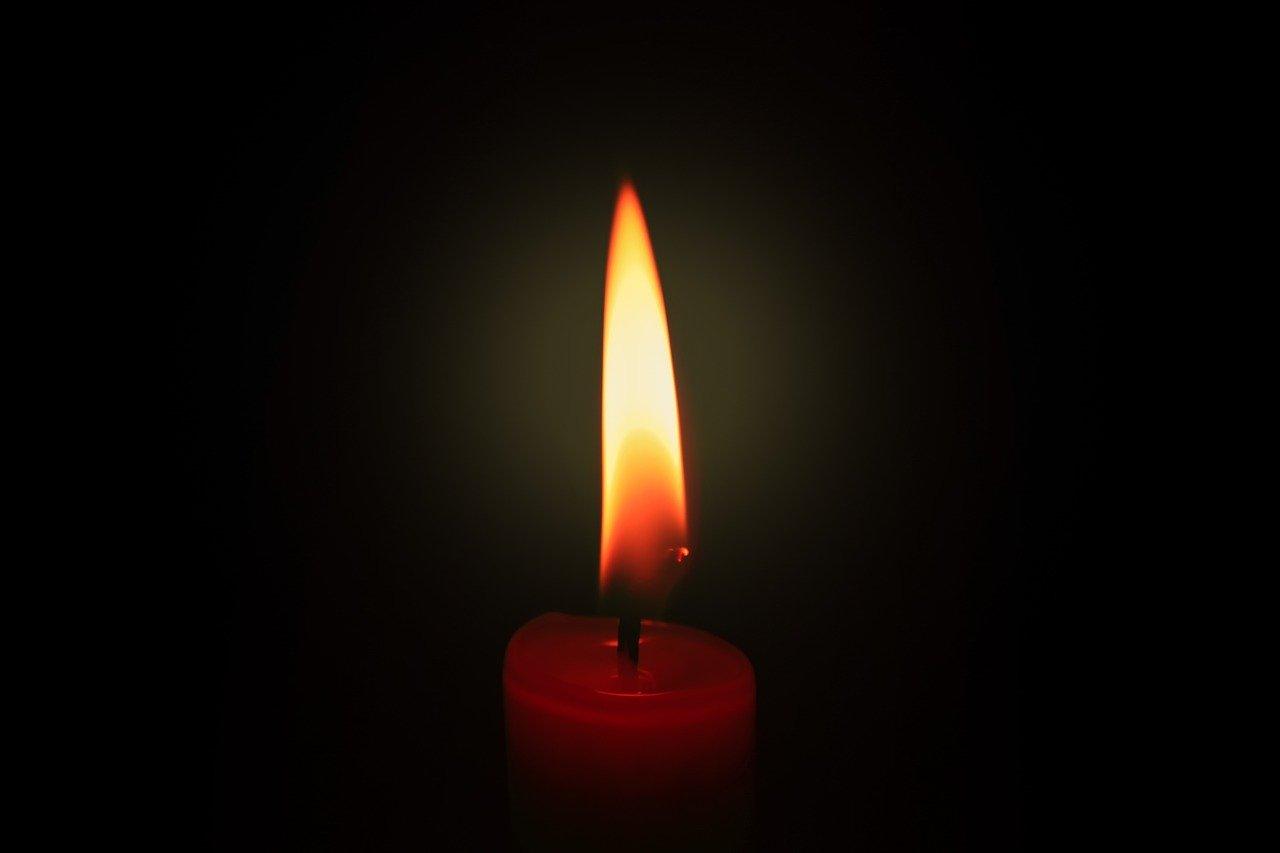 свеча смерть