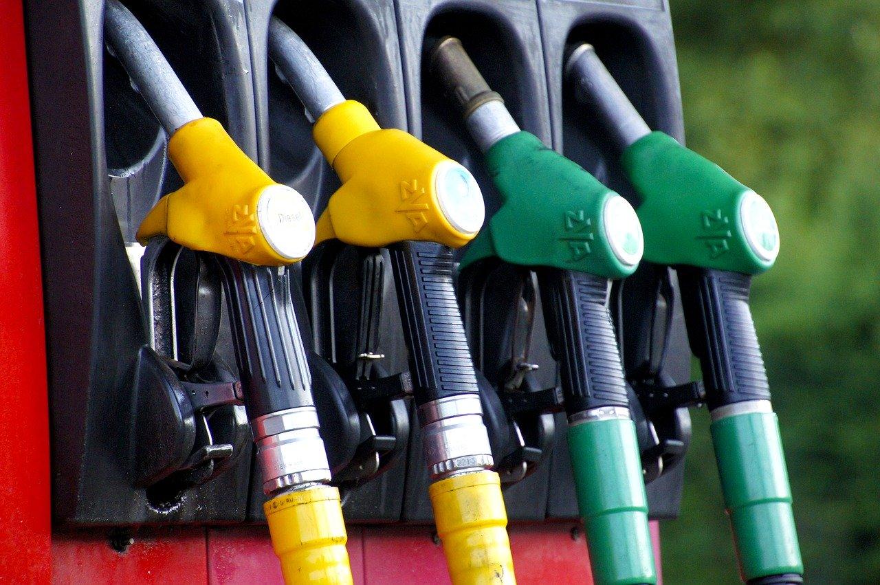 топливо, заправка, бензин, дизель, газ