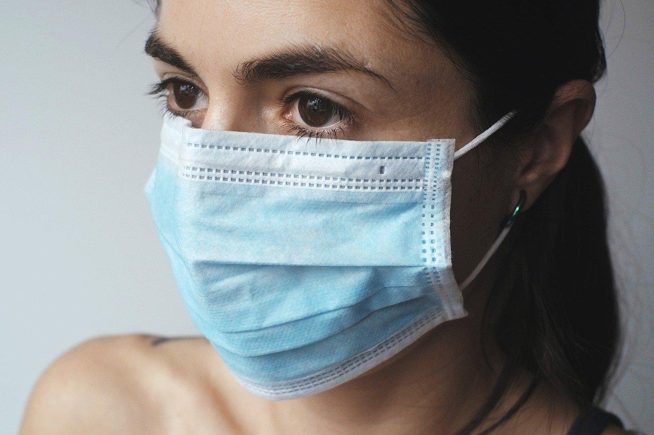 вирус, медицинская маска, женщиа, грипп, карантин, covid-19, грипп, болезнь, медицина