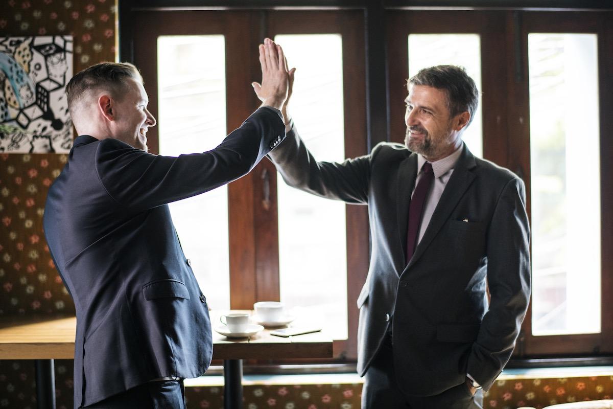 бизнесмены, переговоры, успех, договор, мужчины
