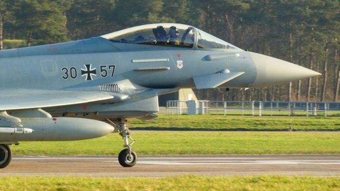 Самолёт Eurofighter Typhoon Еврофайтер Тайфун 2