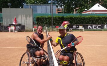 Вильяр Виллисте со своим соперником на турнире Читта ди Форли в Италии. Фото предоставлено Invaru.