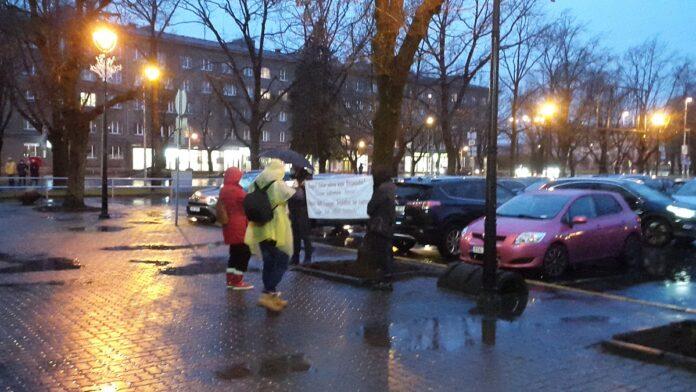 Пикет в поддержку Евграфова. Фото газета