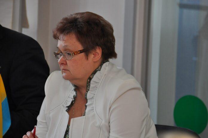 Лариса Оленина