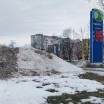 Кучи снега в Нарве, Нарва, снег, зима