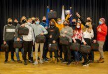 Новые компьютеры ученикам первого и второго курсов обучающихся в рамках программы IT Akadeemia