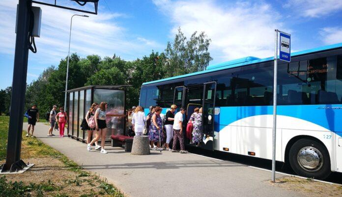 автобус, пассажиры, остановка, общественный транспорт