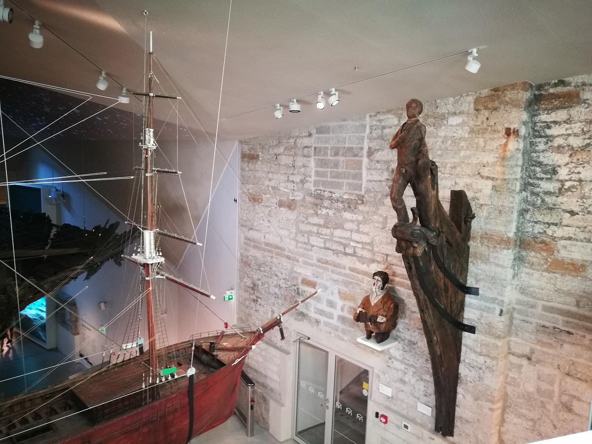 Морской музей в Толстой Маргарите